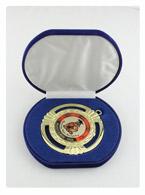медаль выпускнику в футляре